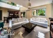 Moderna casa a la venta, contactarse.