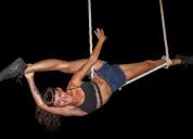 Clases de acrobacia en telas, trapecio y aro